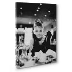 Audrey Hepburn Kanvas Tabloda Canlanıyor 3
